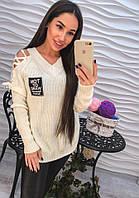 Женский  свитер со шнуровкой на плечах