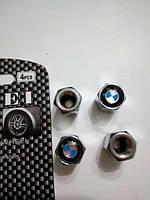 Колпачки на нипеля BMW