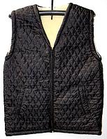 Тепла жіноча безрукавка з овечої вовни чорного забарвлення