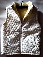 Безрукавка жіноча з овечої вовни білого забарвлення