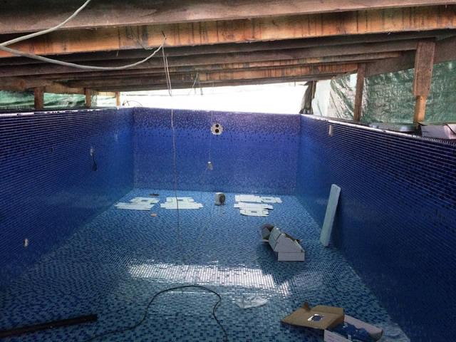 Плавательный внешний бассейн с. Гореничи 14