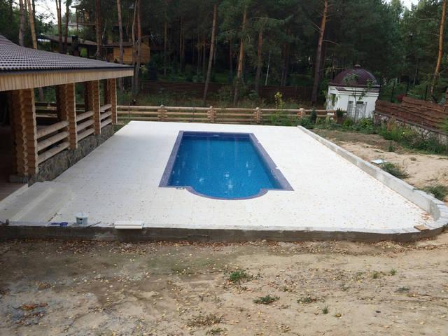 Плавательный внешний бассейн с. Гореничи 19