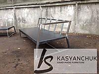 Металлический диван