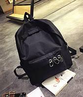 Уценка!Черный рюкзак с кольцами.