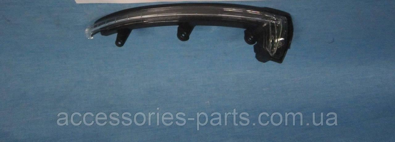Поворотник повторитель указатель поворота в зеркало правый Porsche Cayenne 958 Новый Оригинальный