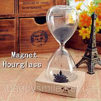 Декоративные стеклянные часы «Magnet Hourglass»