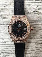 Женские наручные черные часы HUBLOT Gold с камнями