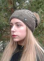 Женская шапка с бубоном,коричневая