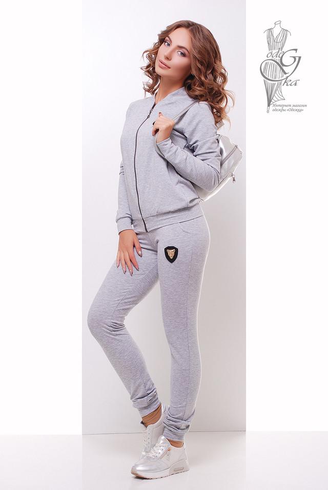 Светло-серый цвет Женского спортивного костюма Прада