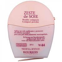 Пудра выравнивающая  для лица Bourjois Zeste de Soie (Буржуа Зест де сю)
