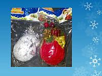 Подвеска шар обтянутый тканью с хвоей и украшениями