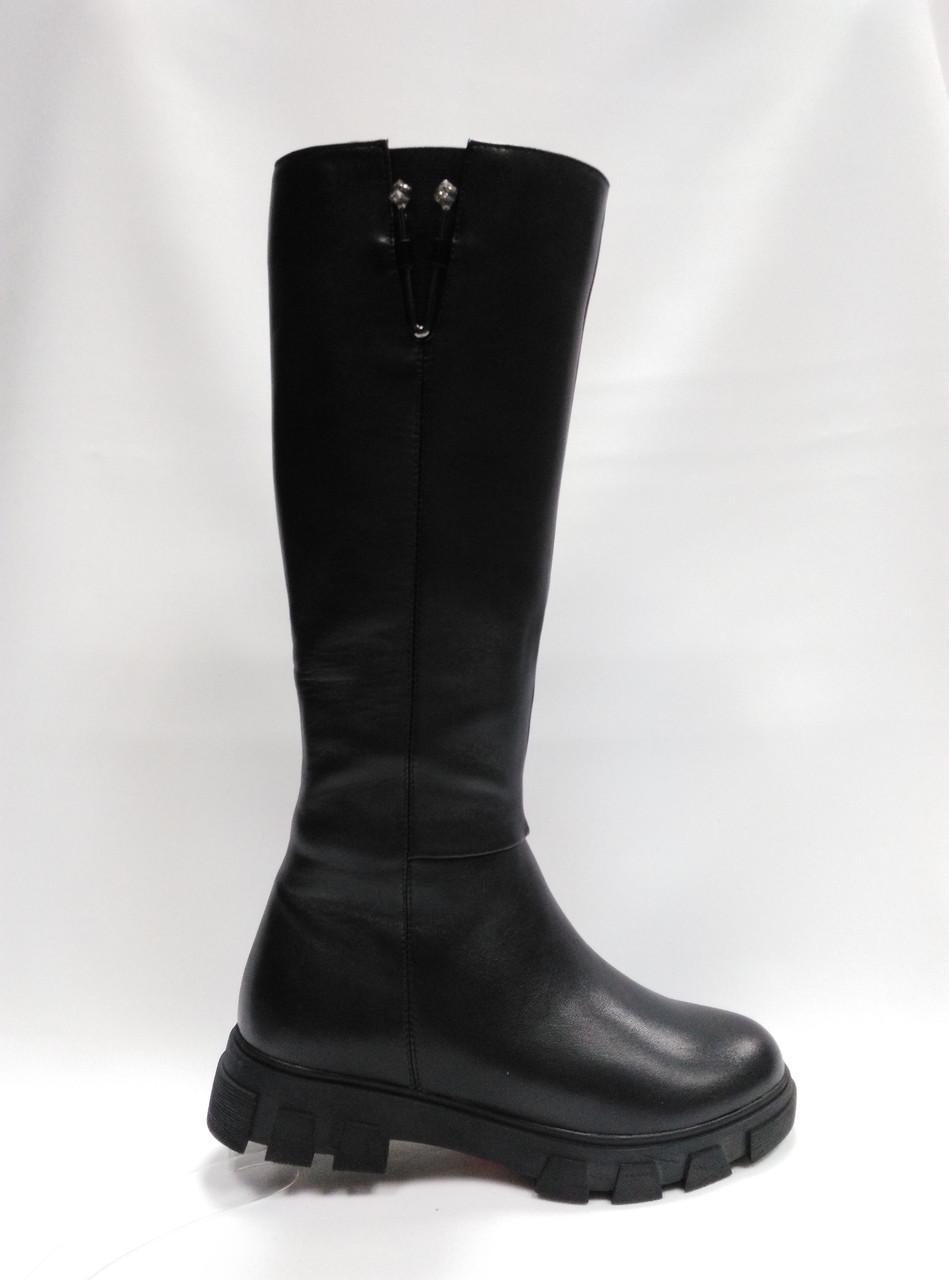 Черные кожаные зимние сапоги . Маленькие размеры (33 - 35).Erisses.