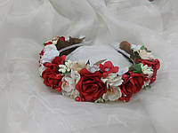 Венок цветочный красный с белым