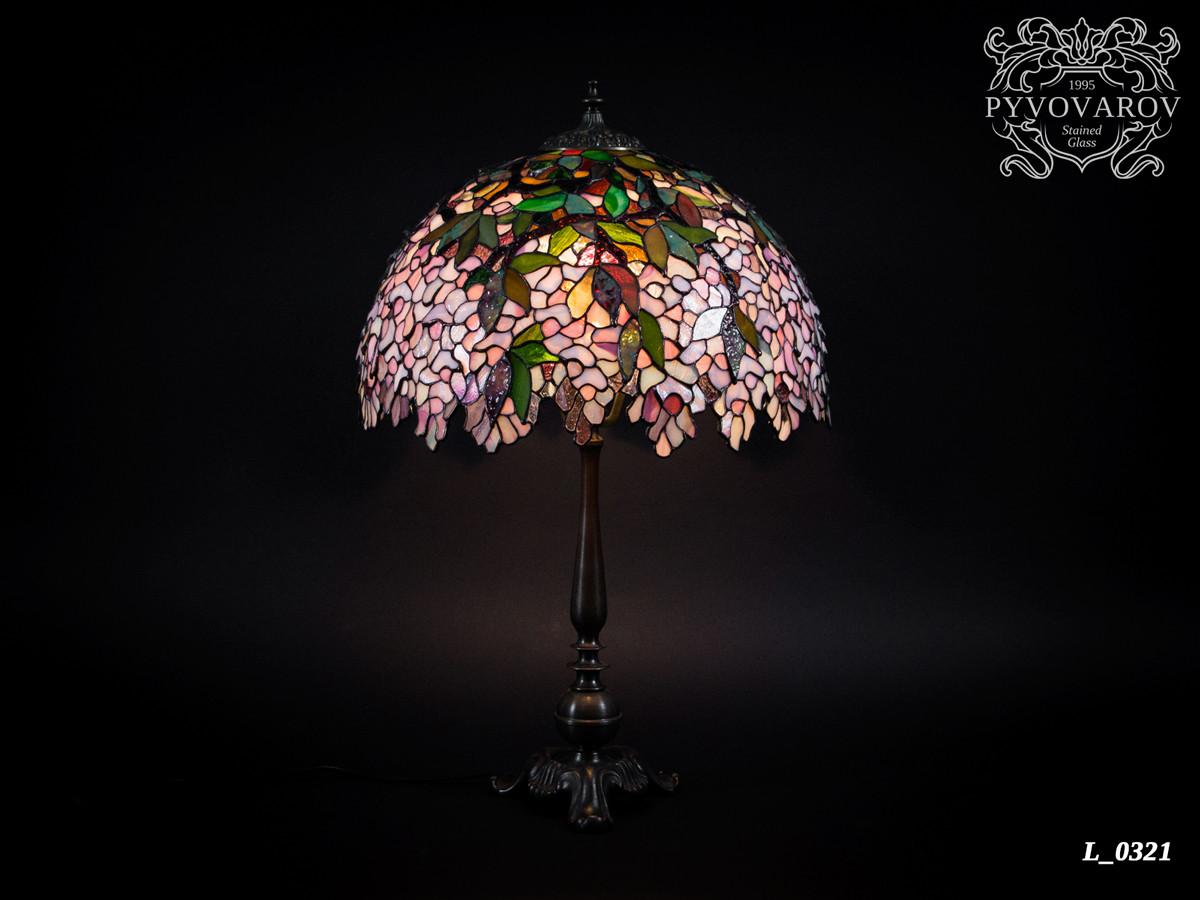 Лампа Тиффани Глициния из кусочков цветного стекла