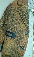 Пиджак с рубашкой и галстуком
