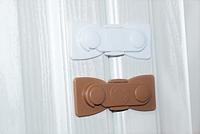 Крючок блокиратор для створчатых дверей