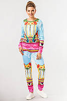 Яркий женский повседневный костюм в принт Попугаи, шатаны и свитшот