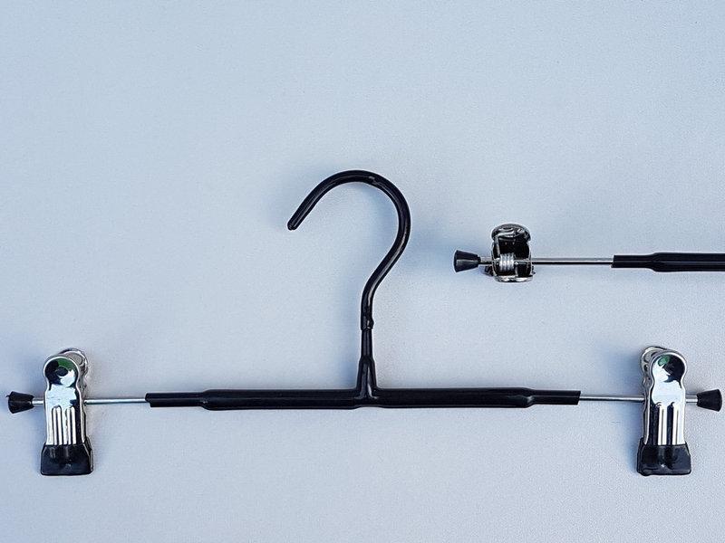 Длина 30 см. Плечики металлические в силиконовом покрытии с прищепками зажимами для брюк и юбок