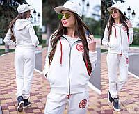 Женский белый спортивный костюм на флисе