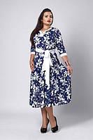 Молодёжное платье из принтованого микро дайвинга с атласным поясом синее с  белым   50-54, фото 1