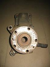 Поворотний кулак лівий б/у R15 під ABS на Fiat Ducato, Citroen Jumper, Peugeot Boxer рік 2002-2006