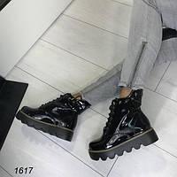 Утепленные женские ботинки на шнурках черные АВ-1617
