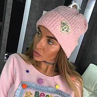 Красивая модная женская шапка с камнями