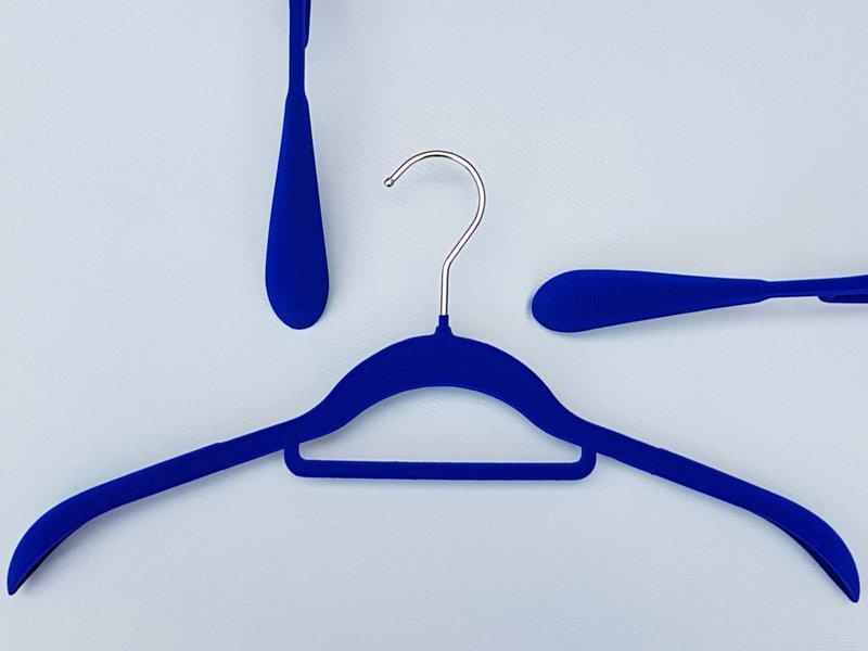 Длина 41,5 см. Плечики флокированные (бархатные) широкие синие