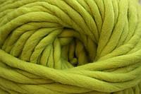 Толстая пряжа ручного прядения 100% шерсть (обработана) зеленый лимон