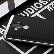Чехол с серебряной рамкой на Huawei Mate 9