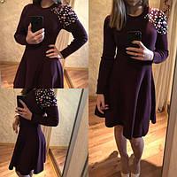 Платье  с камнями на плече цвета марсала