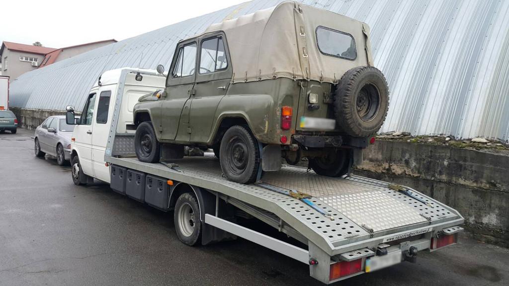 Перевозка автомобиля УАЗ 3151 автовозом