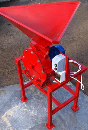 Зернодробилка универсальная ДКУ (измельчитель зерна, кукурузи, сена, соломы) 5,5 кВт, до 750 кг/час, фото 2