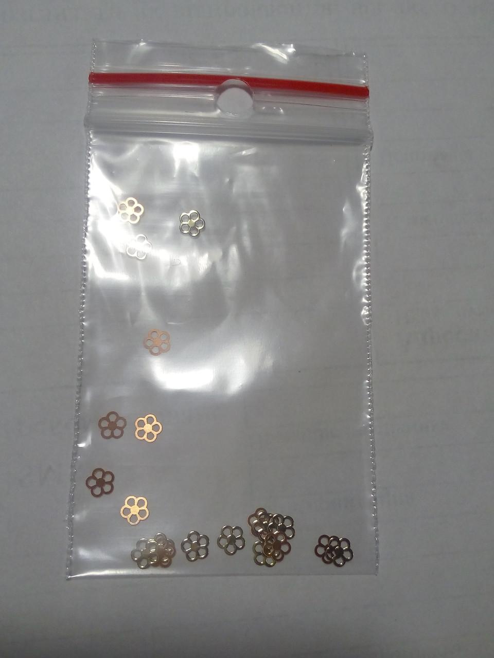 Фигурки для дизайна ногтей металлические цветочки