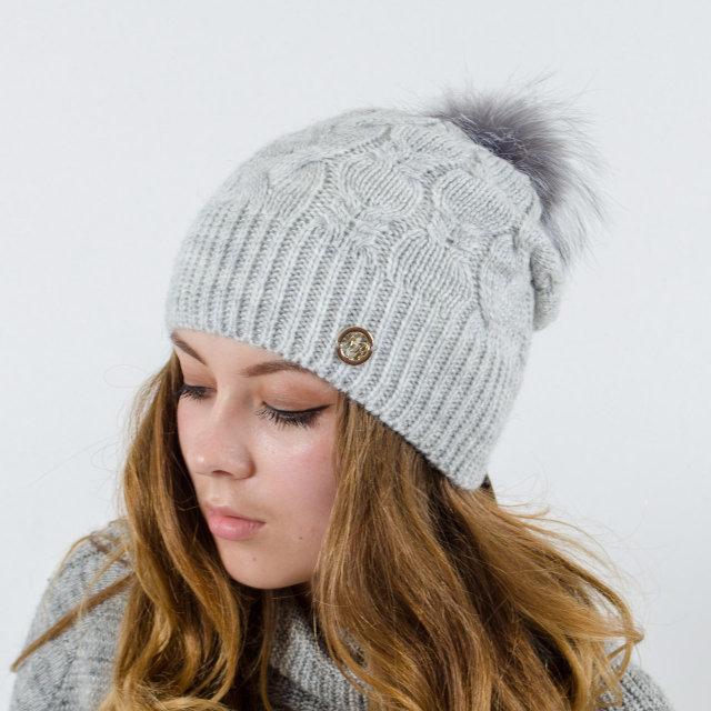 """Вязаная женская шапка """"Ruzana"""" с натуральным помпоном"""