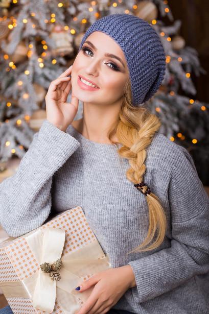 Молодіжна світло-синя в'язана шапка Stefany