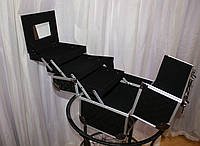 Кейс для косметики, черный лаковый в металле (вафля)