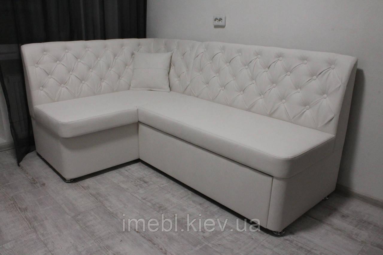 Белый кухонный мягкий уголок со спальным местом