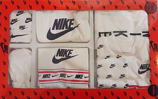 Подарочный набор для новорожденного Nike ,7 предметов.