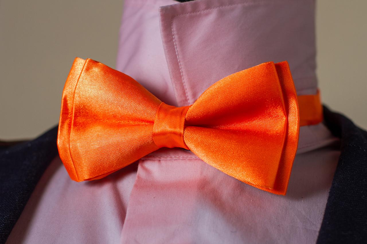 Атласная бабочка «Оранжевый цвет»