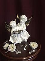 Ангел Пара с книгой, золото