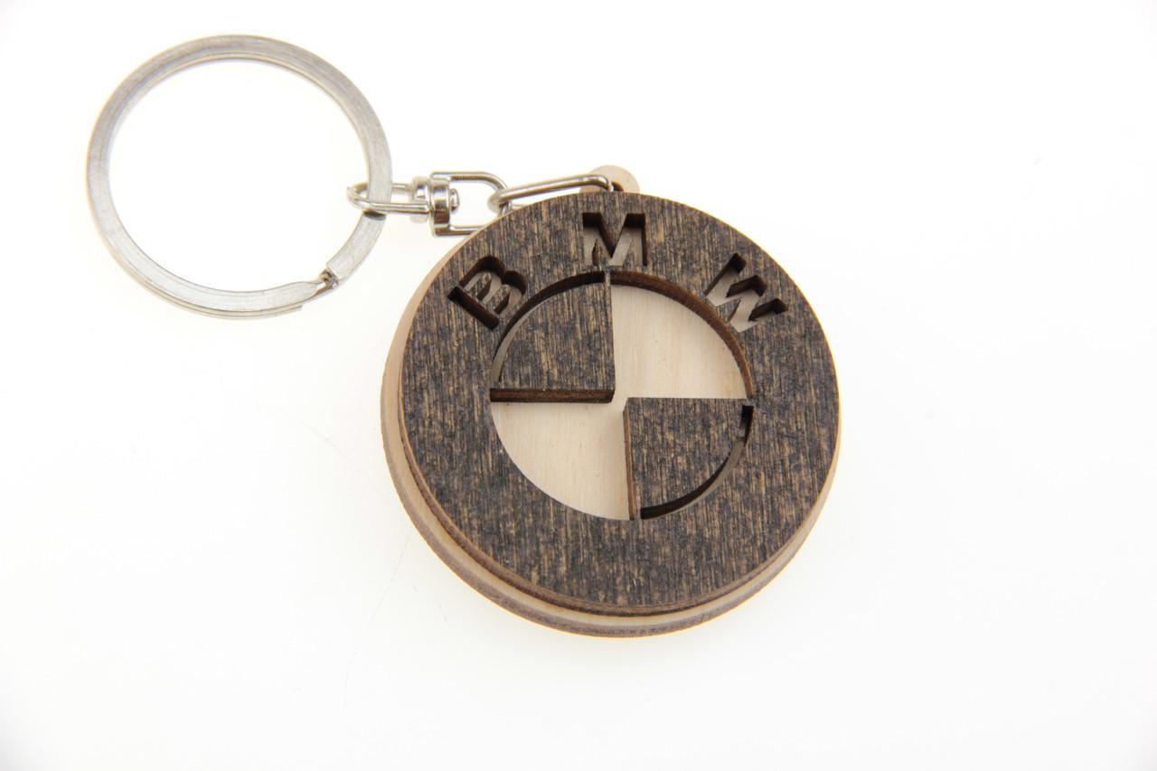 Брелок BMW деревянный
