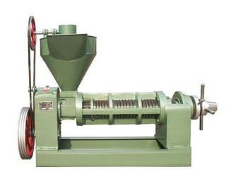 Маслопресс 3DLG-135 для обработки семян масличных культур.