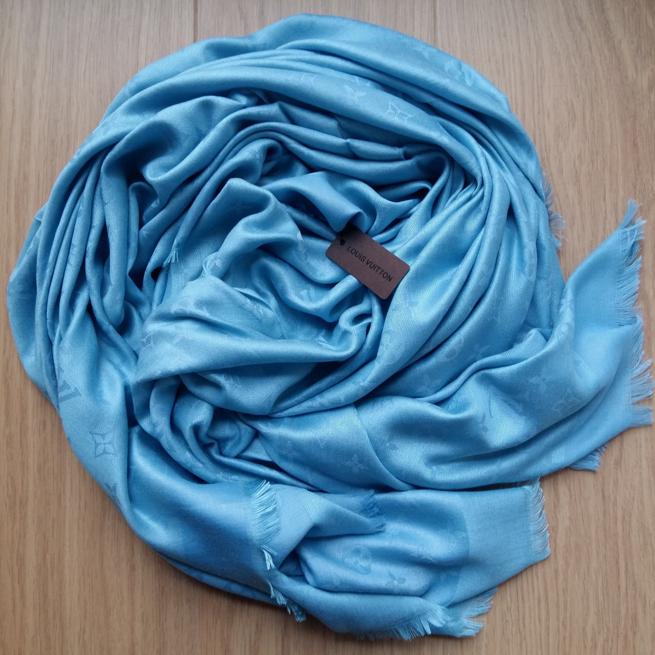 Платок Louis Vuitton голубой