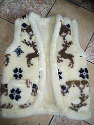 Теплий жилет для дівчат і хлопчиків з натуральної овчини малюнок Олені