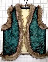 Женская молодежная жилетка из овечьей шерсти