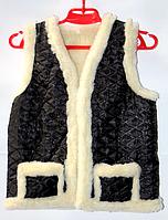 Жилетка детская из овечьей шерсти черного цвета