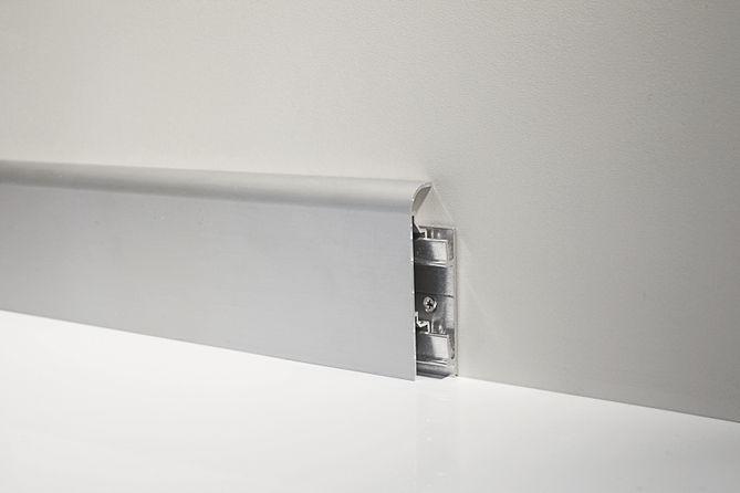 Алюминиевый плинтус для пола Profilpas Metal Line модель 97/7