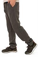 Утепленные спортивные брюки для мальчика.