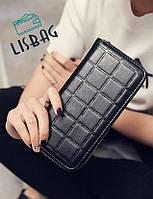 Стильный кошелек на молнии черного цвета
